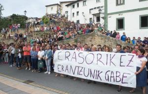 Concentracion contra una agresión sexual en fiestas del Puerto Viejo.